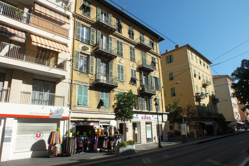 typical Nice buildings