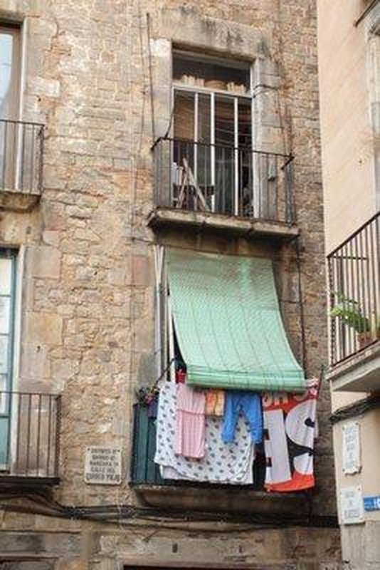 Balcony & washing