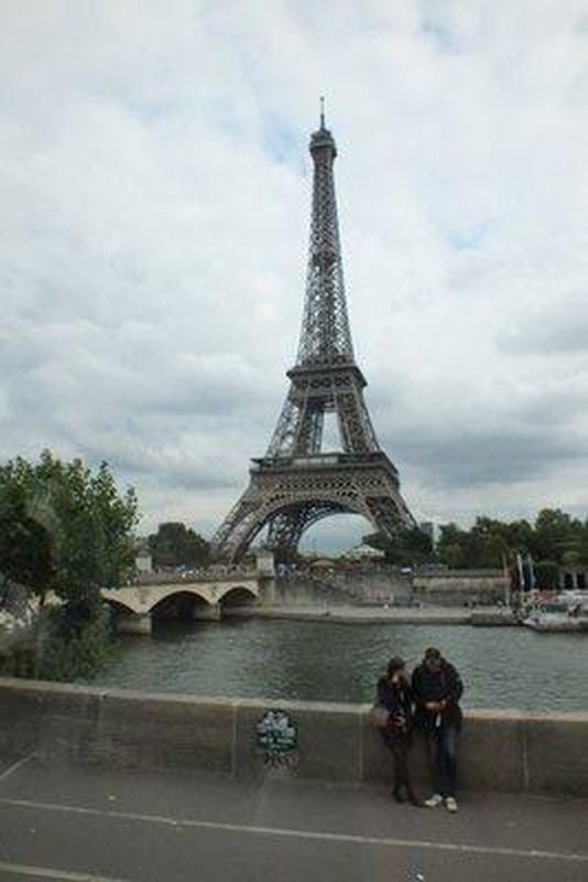 Eiffel Tower from bus