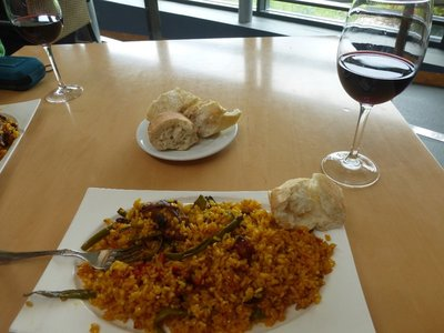 Paella and Vino
