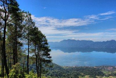 Maninjau Lake Sumatera