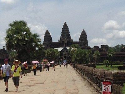 Angkor Wat, walking on the mote bridge
