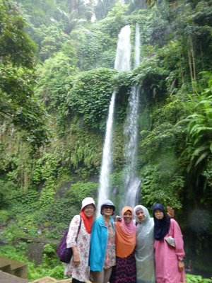 Sendang Gile Waterfall with the ladies.