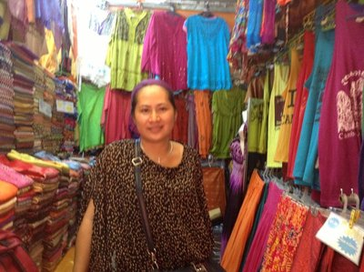 Zamrah_at_her_shop_no_82.jpg
