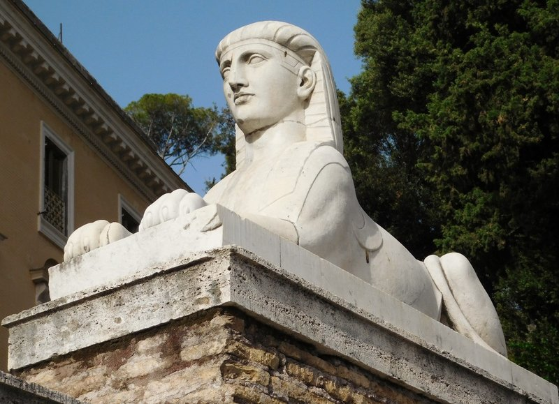 Sphinx by Giuseppe Valadier - Piazza del Popolo - Rome - July 2016 (2)