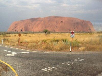 Uluru ( Ayers rock)