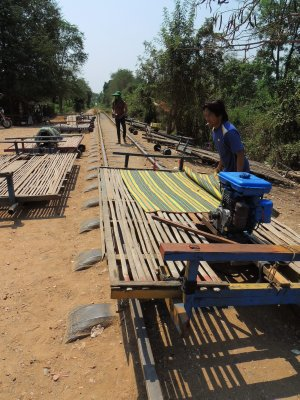 Bamboo train - assembly on the tracks!