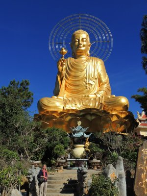 Tam and the golden Buddha