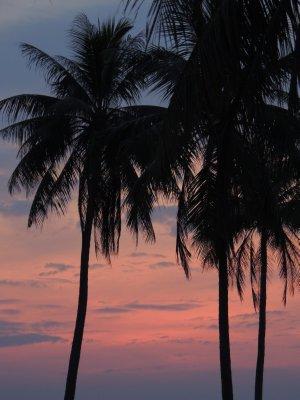 034_Sunset.._common_hut.jpg