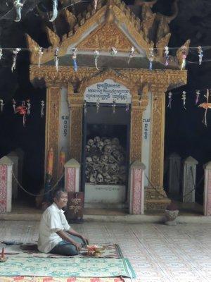 Skulls at Phnom Sampeou - the killing cave