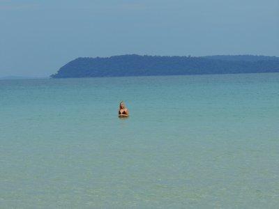 044_Lonely_Beach.jpg
