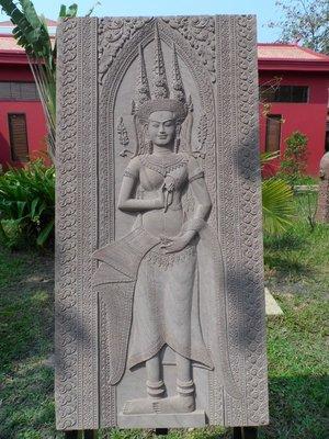 Artisan restoration carving