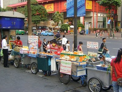 Bangkok_street_food.jpg
