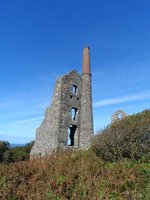 Ruin of a Cornish Enginehouse (near Morvah, on our Penmarric Trail)