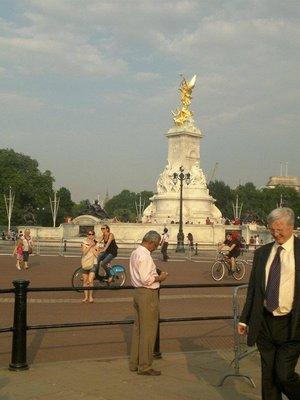 Buckingham Palace Pic 7