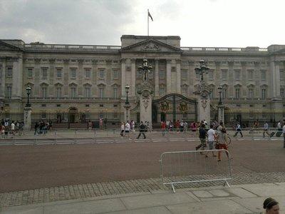 Buckingham Palace Pic 8