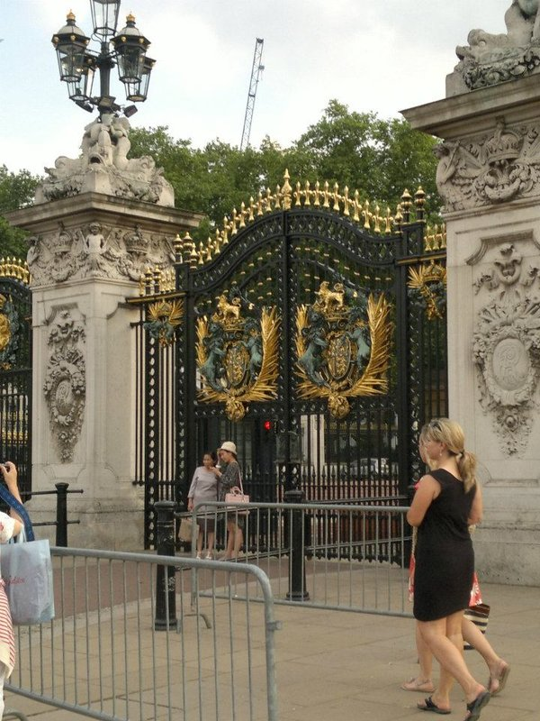 Buckingham Palace Pic 10