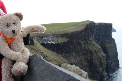 Henry @Cliffs of Moher