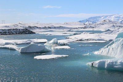 Ice flows at Jokulsarlon