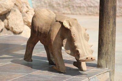 Warthog carving