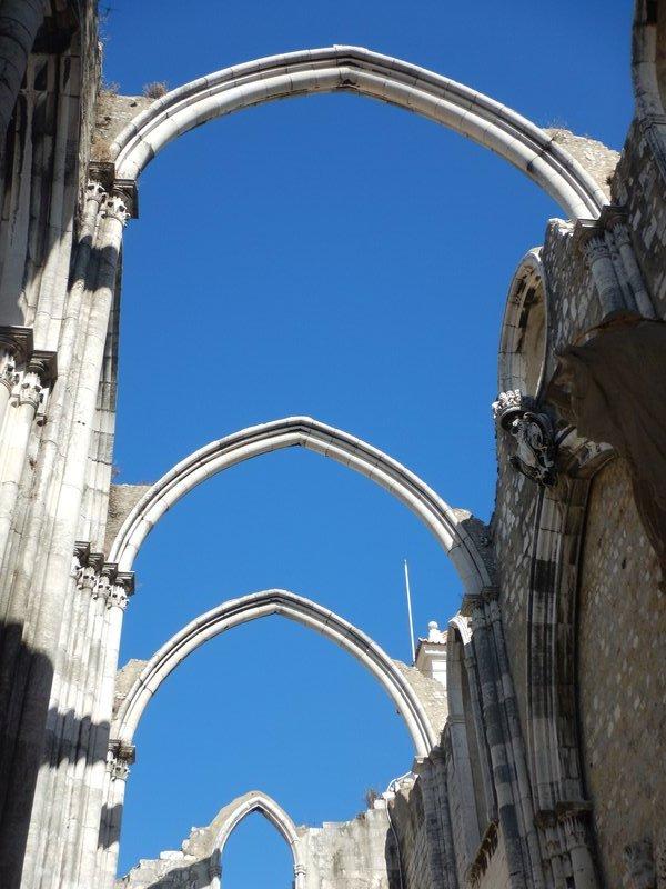 Arches Igreja do Carmo, Lisbon
