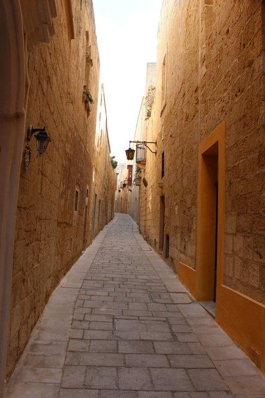 Alleyway - Mdina