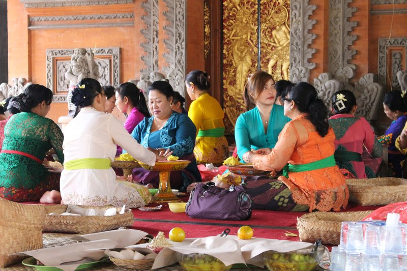 Making Temple Offerings