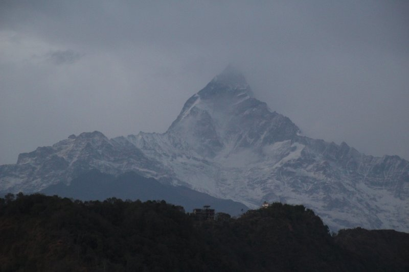 A brief glimpse of Machhapuchhre
