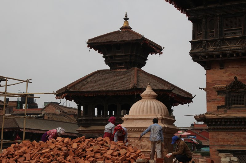 Rebuilding the temples of Bhaktapur