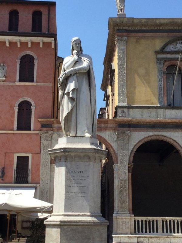 Statue of Dante in Piazza dei Signori - Verona