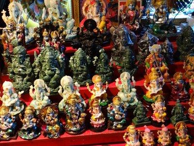 Hindu_tinkets.jpg
