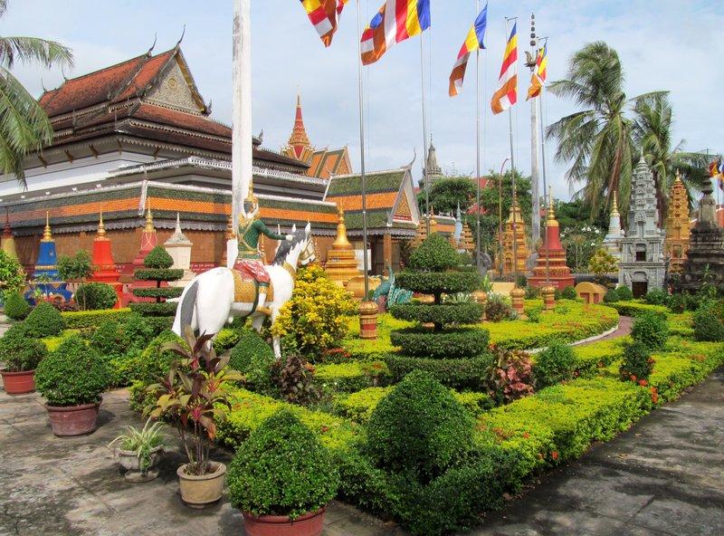 large_cambodia_last_day_002.jpg