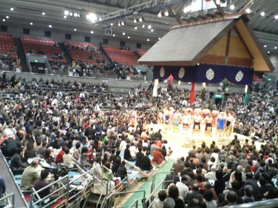 A Circle of Sumo
