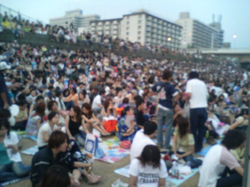 Yodogawa Hanabi - Crowds 2