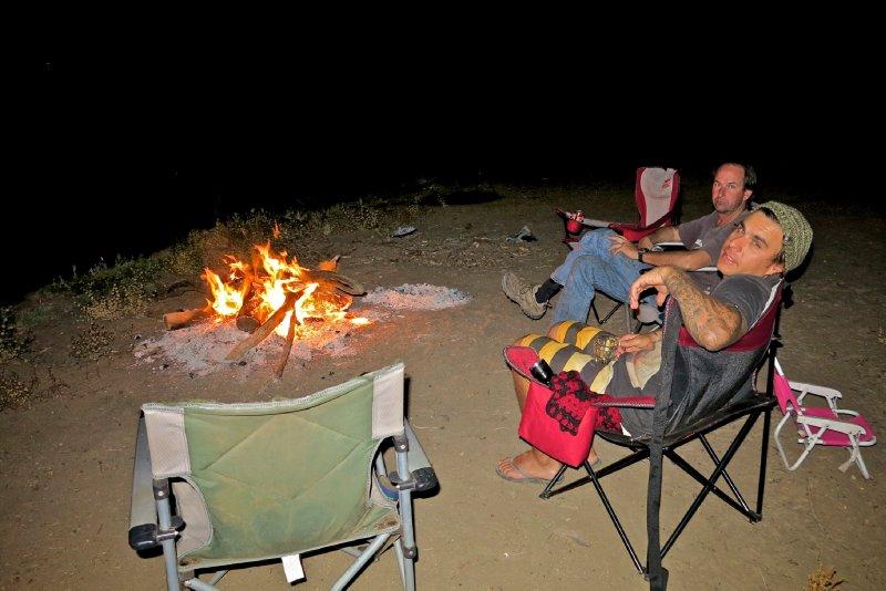 large_Muttaburra_camp_fire_2.jpg