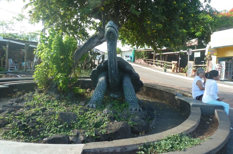 STATUE OF LONESOME GEORGE -THE LAST PINTA TORTOISE