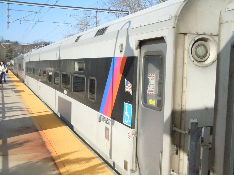 New Jersey Transit von Penn Station nach Middletown