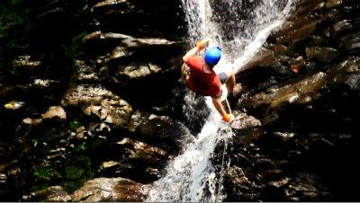 Waterfall_..utside_View.jpg