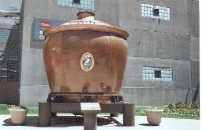 1533229-Giant_Mash_Tun_Golden