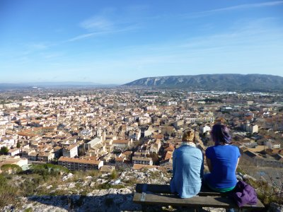 Cavaillon:Bluff Overlooking Town