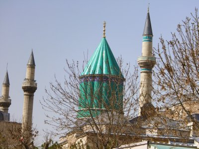Melvana Museum: Green Spire Marks Rumi's Resting Place