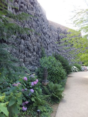 Wallenstein Garden: Artificial Stalactite Wall