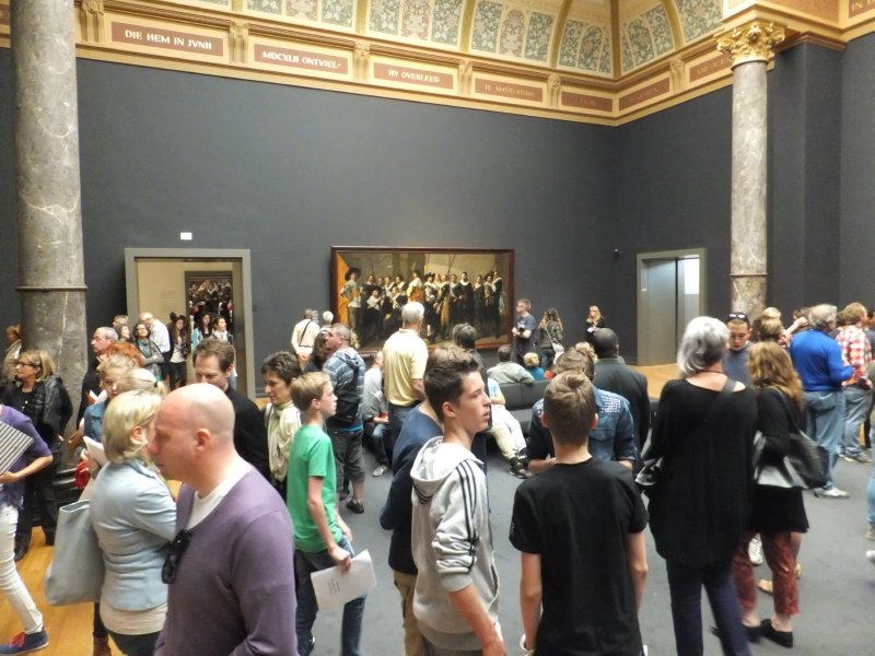 Crowds at the Rijksmuseum