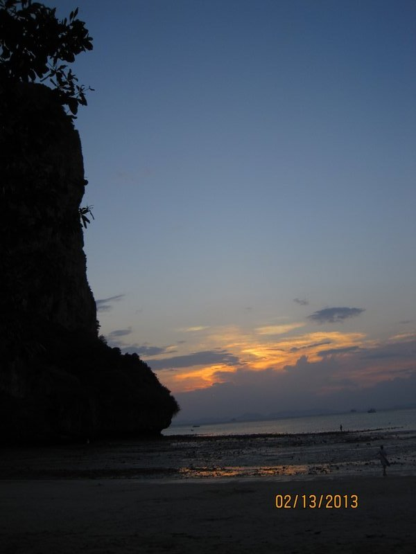 large_90_Sunset_on_Railay_West.jpg