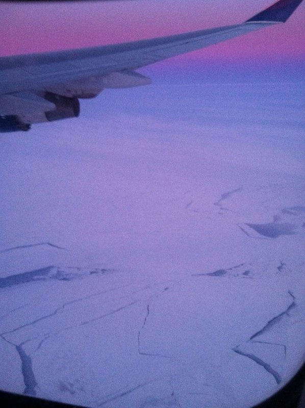 large_90_Sunset_over_the_arctic.jpg