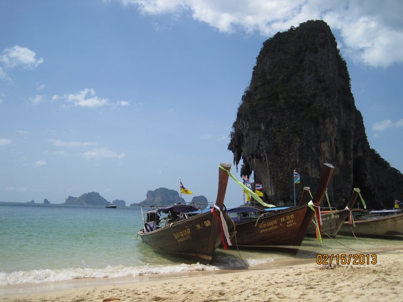 large_Longtails_on_Phra_Nang.jpg