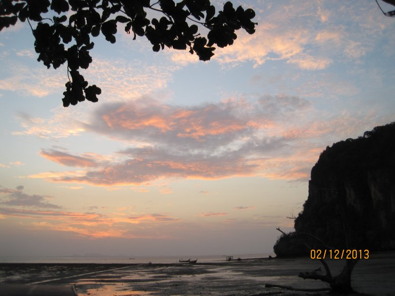 large_Sunrise_Railay_East.jpg