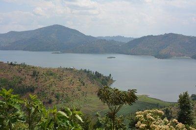 Lake Bunera in het noorden van Rwanda