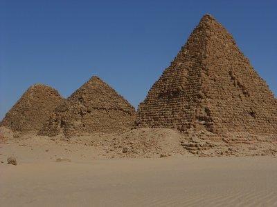 Sudan-- Pyramides van Nuri