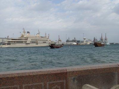 Muscat_harbor.jpg